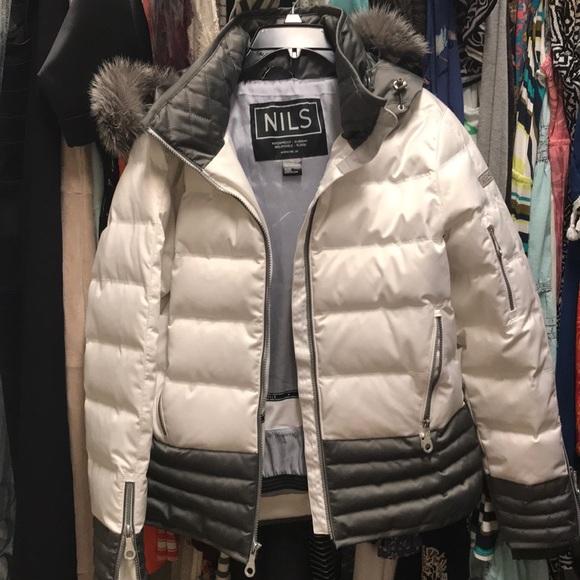 a230f6f2bf1780 NILS Waterproof Lara Ski Jacket Size 12 Coat. M_5b496aa312cd4abf647ab597